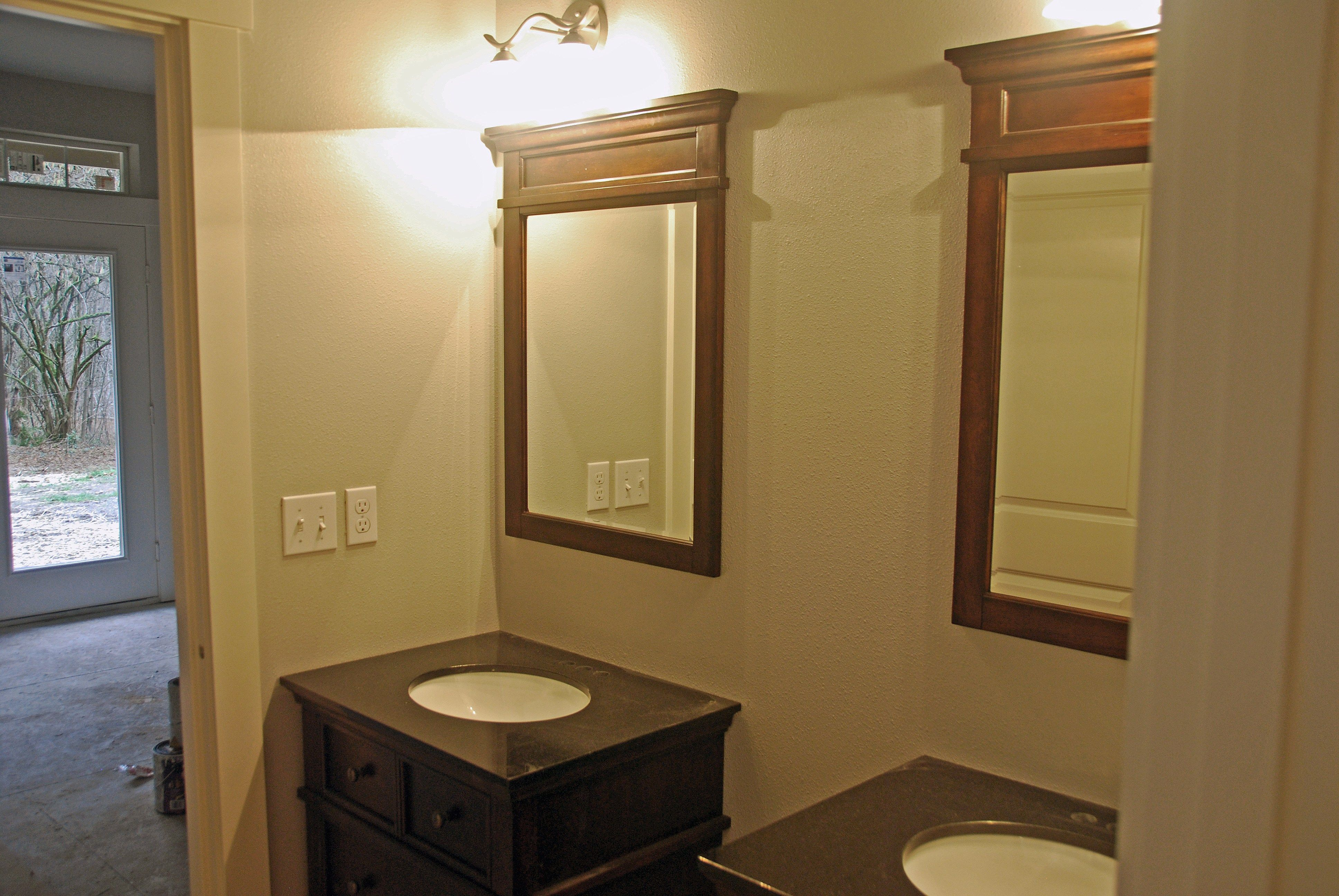 1728 master bathroom with separate vanities